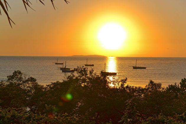 Mozambique-zonsondergang-vissers