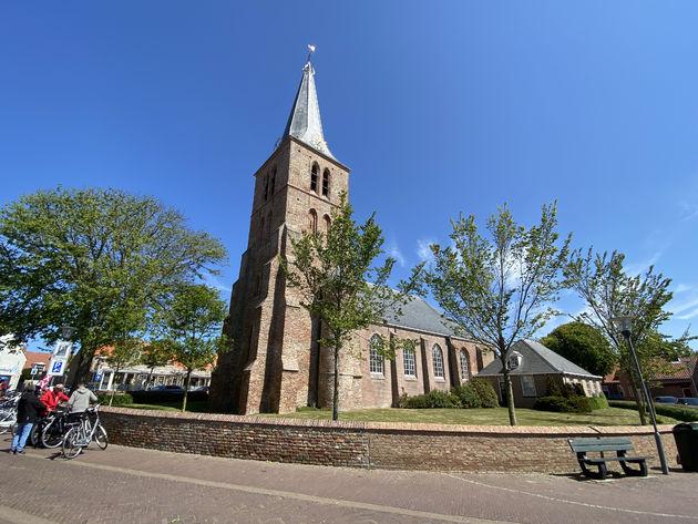 Nederlands_hervormde_kerk_Domburg_Mondriaan