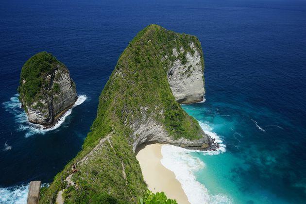 Nusa_Pendida_KelingKing_Beach