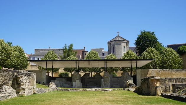 Opgravingen La Charité-sur-Loire.