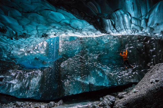 orig_BUCK_Ice_Caves-16