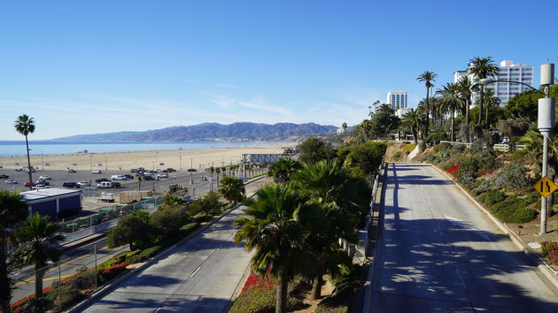 Pacific_Coast_Highway._santa_monica