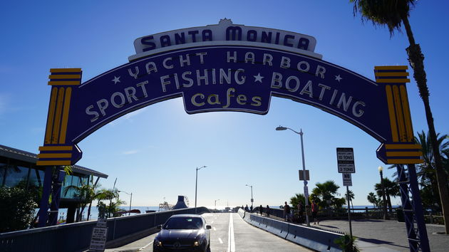 Pier_Santa_Monica_entree