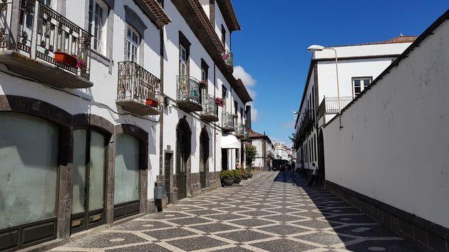 ponta-delgada-straat