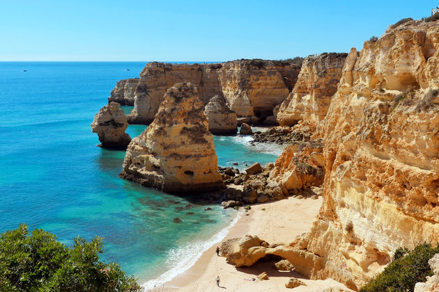 Praia-da-Marinha-algarve-portugal