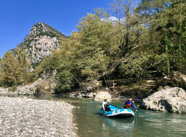 raften-arachthos-rivier