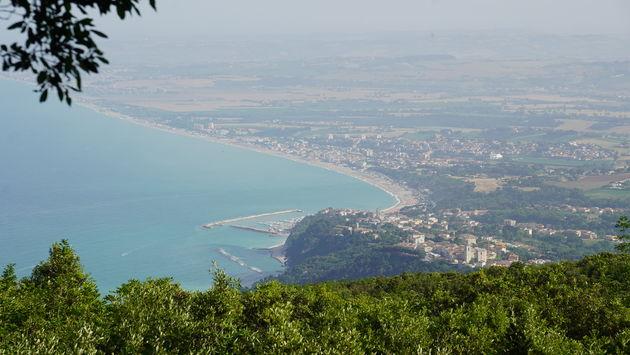 Riviera_del_Conero_Monte_Conero_Uitzicht