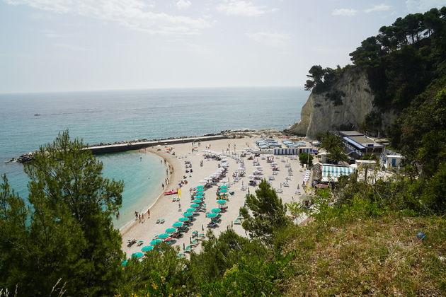 Riviera_Del_Conero_Numana_strand