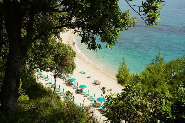 Riviera_del_Conero_strandjes