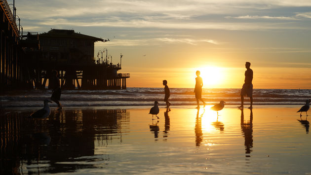 Santa_Monica_Pier_Golden_Hour