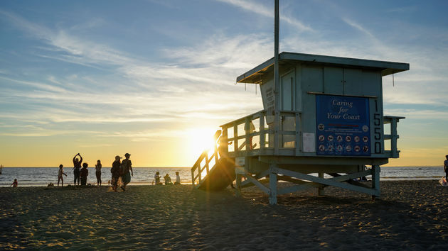 Santa_Monica_Sunset_Golden_Hour