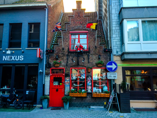 Schattig-kroegje Oostende-1