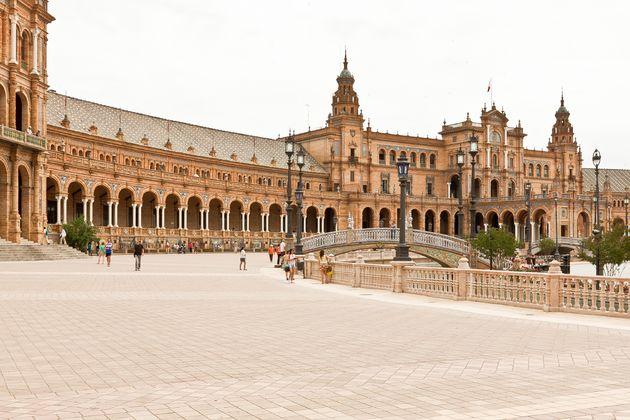 sevilla-Plaza-de-Espana