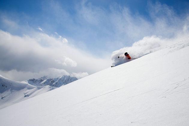 skien-jasper-marmot-basin