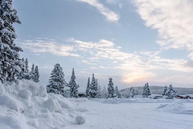 sneeuwschoenwandelen-doen-in-lapland