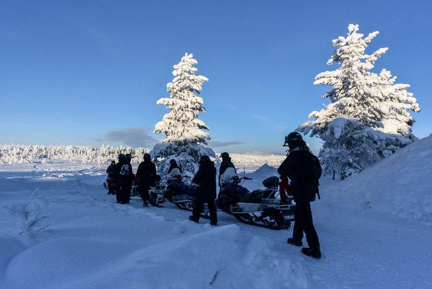 sneeuwscooter-tocht-vertrek