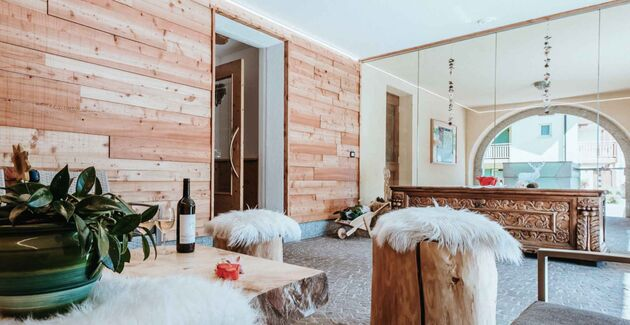 snowtribe-gaia-residence