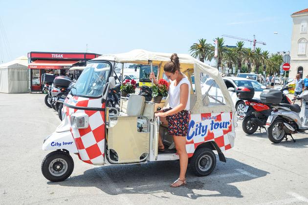 split-tuktuk