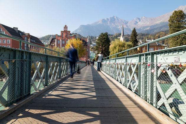 stad-bergen-hike-innsbruck