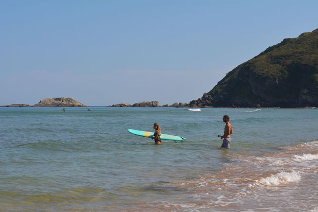 surfen-Zarautz-zee