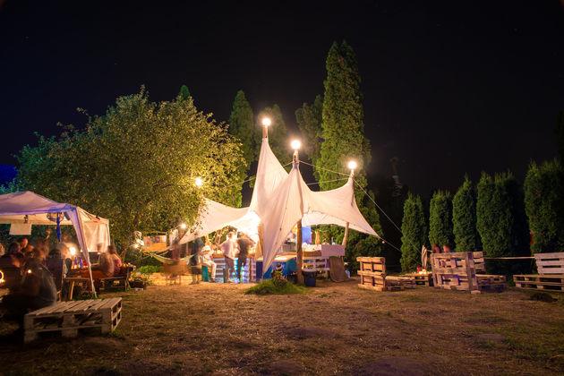trend-kamperen-festivalsferen
