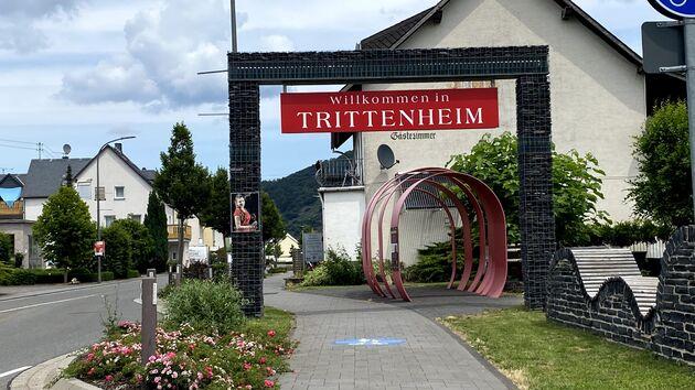 Trittenheim_Mosel_Radweg