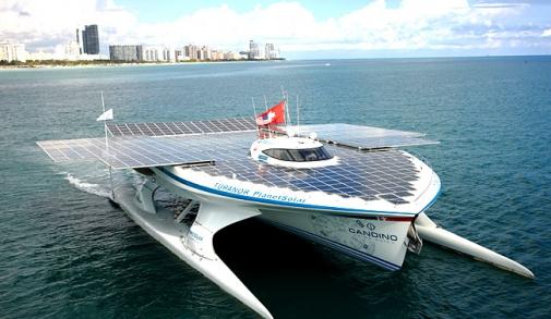 turanor-planetsolar-yacht.jpg