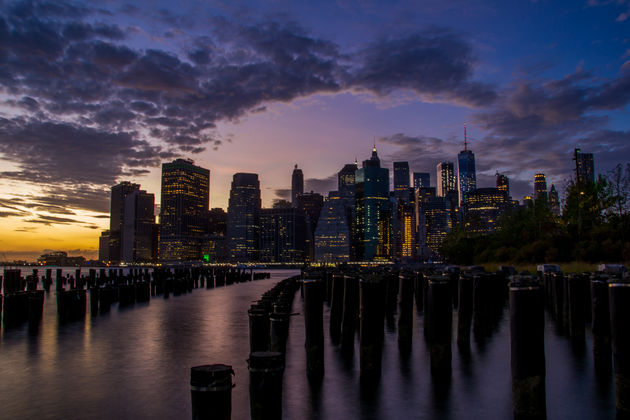 Uitzicht-Brooklyn-side-avond