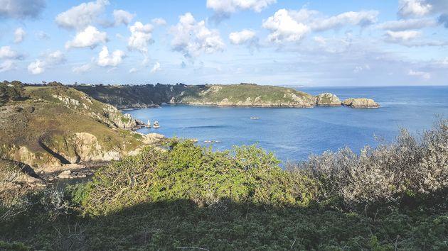 uitzicht-kust-kanaaleilanden-