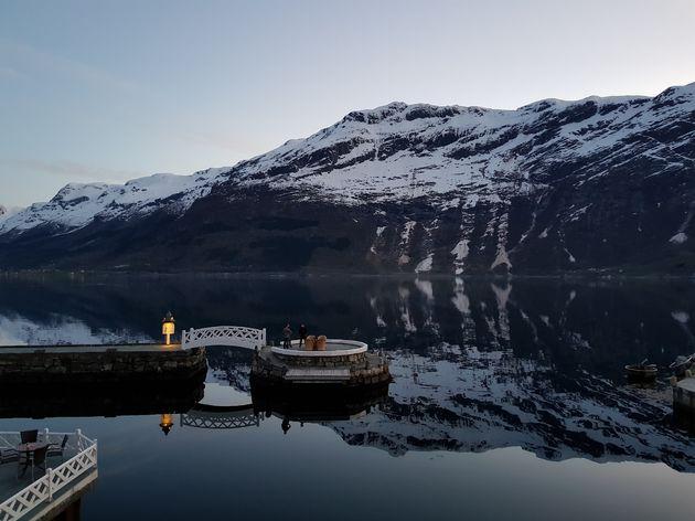 Ullensvang_hardangerfjord_avond