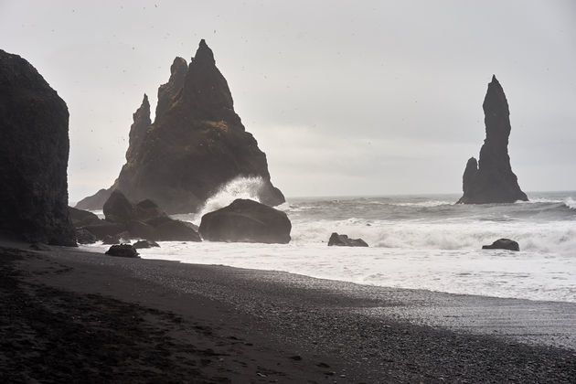 vik-zwart-strand-ijsland