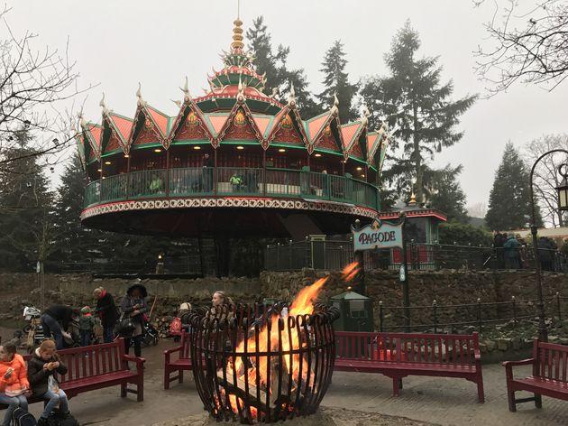Vuur, warmte en gezelligheid in de Winter Efteling