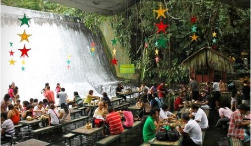 waterfall-restaurant-4-550x373.jpg