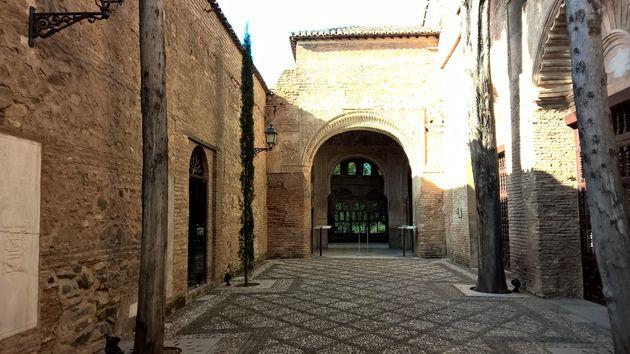 Granada_travelvalley_3