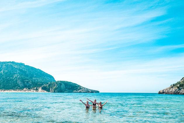 Zwemmen Voidokilia strand
