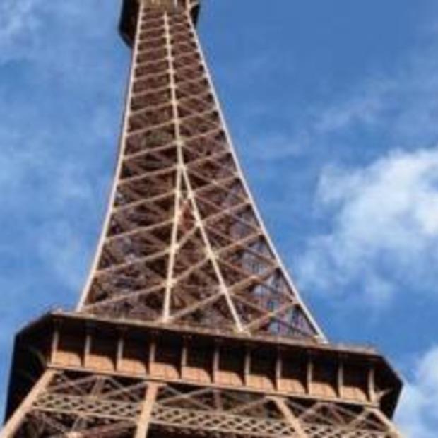 Beklimmen Eiffeltoren wordt duurder