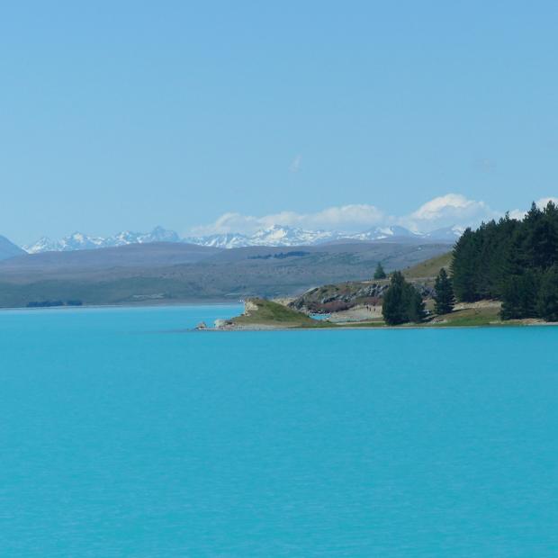 Nieuw-Zeeland dag 17-18: Tekapo, lichtblauw water en vliegen boven de besneeuwde bergen!