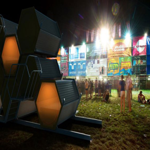 B&Bee: Slapen in een honingraat-hotel tijdens festivals!