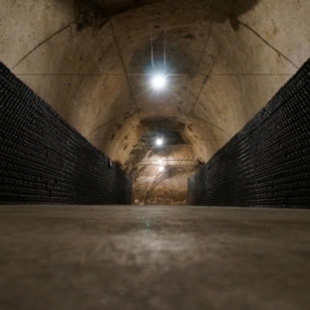 Champagnehuis Joseph Perrier, 3 km ondergrondse gangen en wandelen door Chalons-en-Champagne