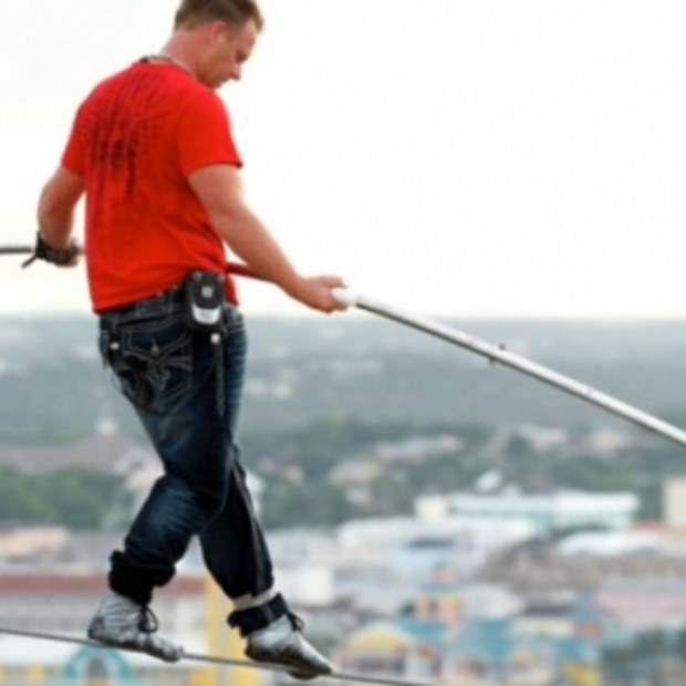23 juni: Skywire Live with Nik Wallenda, koorddansen boven de Grand Canyon zonder zekering