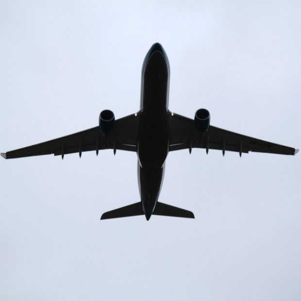 7 dingen die je niet moet doen in een vliegtuig