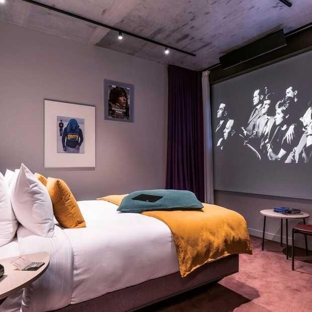 Nieuw in Parijs: het eerste bioscoophotel ter wereld!