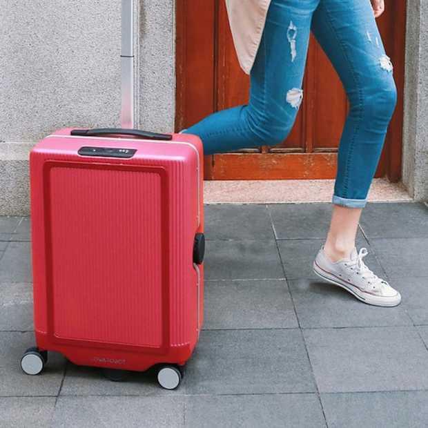 Cowarobot: de koffer die je volgt als een hondje