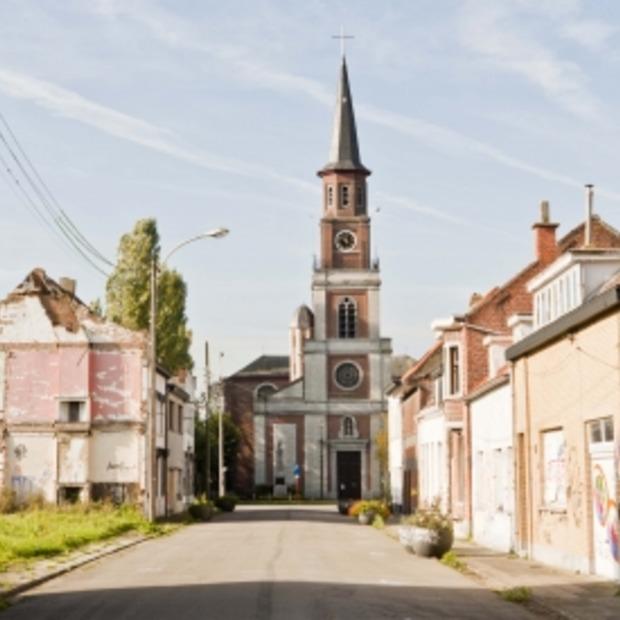 Urbex fotografie in het verlaten dorp Doel in België