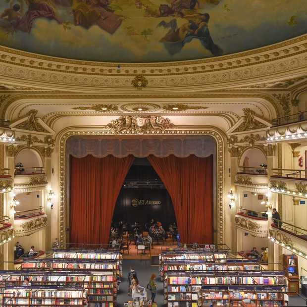 Dit oude theater in Buenos Aires is nu de mooiste boekwinkel ter wereld!