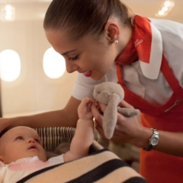 Flying Nannies aan boord tijdens vluchten van Etihad Airways
