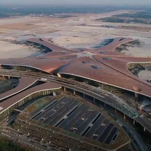 Beijing opent het grootste vliegveld ter wereld