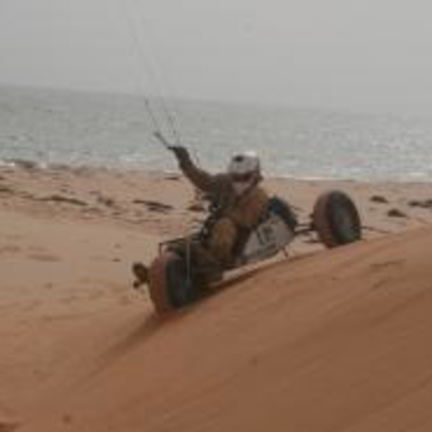 Met Kite Buggy's door de Sahara....