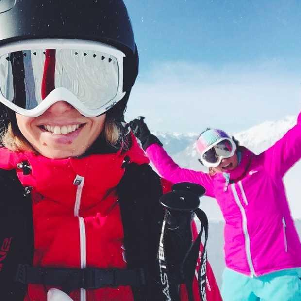 Wintersportfoto's posten met je neus