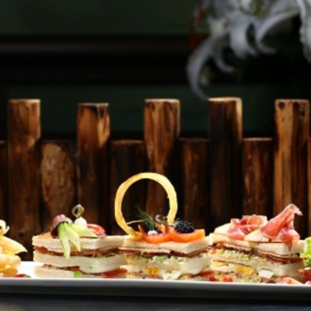 's Werelds meest exclusieve Club Sandwich voor 46 euro!!
